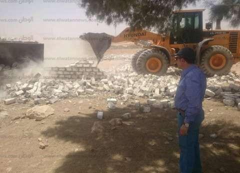 """حملة مكبرة لإزالة التعديات في قرية """"الفردان"""" بالإسماعيلية"""