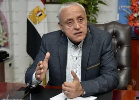 """رئيس """"لمجتمعات العمرانية"""" يستعرض مشروعات محطات مياه المدن الجديدة"""