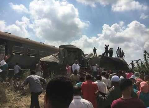 وزير النقل يتوجه لموقع حادث قطاري الإسكندرية