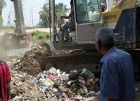 حملة لإزالة الإشغالات بمدينة إسنا جنوب الأقصر