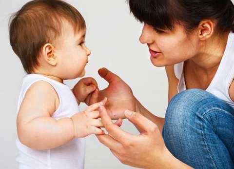 العيسوي: فن الاستماع إلى الأطفال يحصنهم من ارتكاب الأخطاء