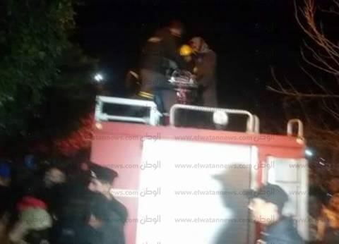 بدء أعمال تبريد حريق مصنع خشب كوم أمبو في أسوان