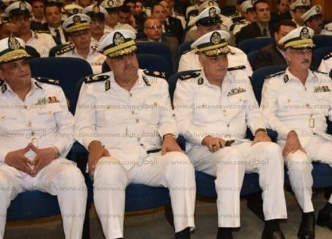 وزير الداخلية يكرم 86 ضابط وفرد شرطة لجهودهم في تحقيق الأمن