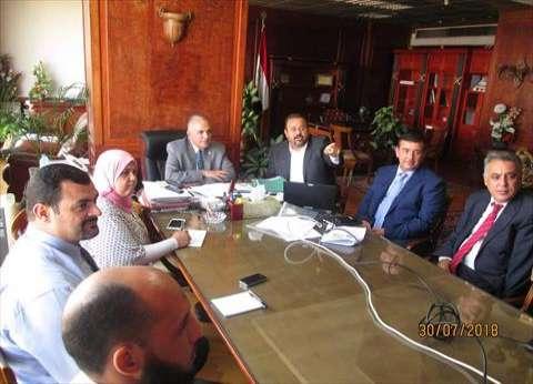 وزير الري يلتقي 3 خبراء دوليين لمواجهة التحديات المائية
