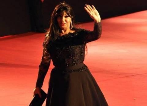 """فيفي عبده تهنئ هاني شاكر على ألبومه الجديد: """"الأغاني الله أكبر زي الفل"""""""