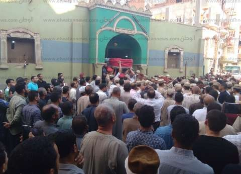 بالصور| أهالي ديرب نجم يشيعون جثمان الشهيد النقيب أحمد جودة