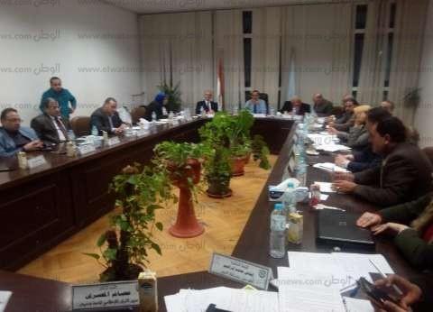 """""""صالح"""" يناقش خطة جامعة دمنهور لرفع ترتيبها في التصنيف العالمي"""