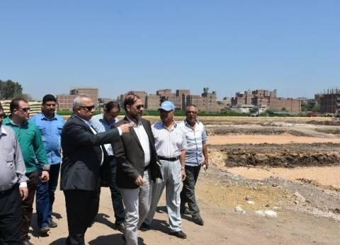 محافظ الشرقية يتفقد أعمال تنفيذ مشروع الإسكان الإجتماعي بالعصلوجي