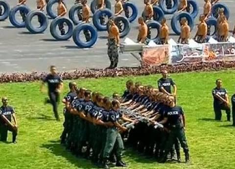 عاجل| عروض رياضية في حفل تخرج دفعة جديدة من طلاب كلية الشرطة