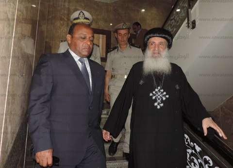 الصور| مدير أمن الغربية يتفقد الكنائس ويتابع الإجراءات الأمنية