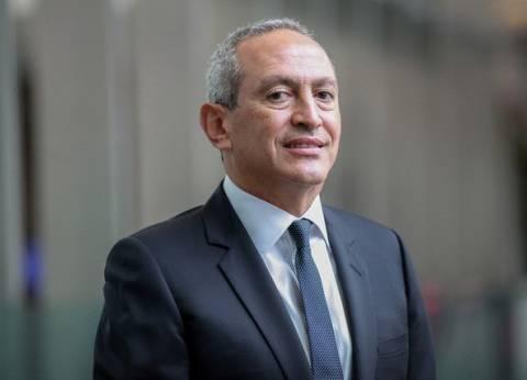 قبل ناصف ساويرس.. رجال أعمال عرب اشتروا أندية رياضية في أوروبا