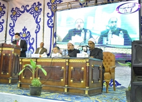 رئيس جامعة بني سويف يشهد احتفال الأوقاف بذكرى العاشر من رمضان