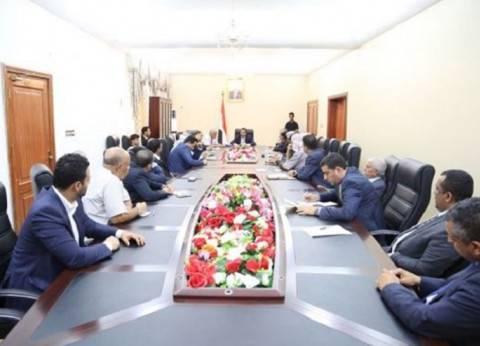 الحكومة اليمنية تعلن استفاد الوسائل السلمية لإخراج الحوثيين من الحديدة
