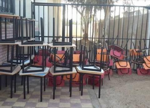وصول 400 كرسي و200 منضدة جديدة لرياض الأطفال بمحافظة جنوب سيناء