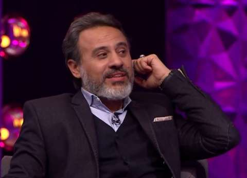"""والد منى فاروق في """"الأب الروحي"""": """"هل كل شخص عملت معه أوكل له محامي؟"""""""