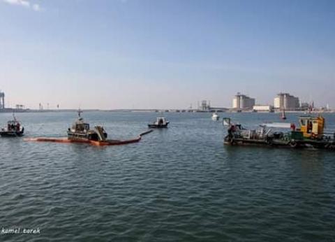144 ألف طن قمح رصيد صومعة الحبوب والغلال بميناء دمياط