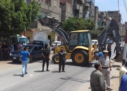 حي المنتزه ثان بالإسكندرية يشن حملة مكبرة لإزالة الإشغالات