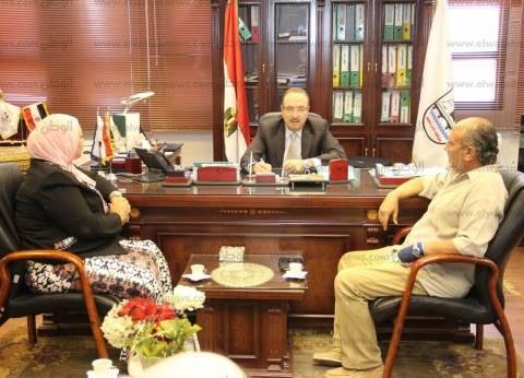 محافظ بني سويف يستعرض خطة قطاع الثقافة مع رئيس شمال الصعيد الثقافي