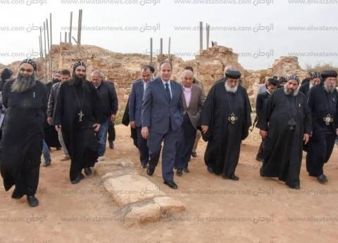 محافظ الإسكندرية يزور دير مارمينا العجايبي بصحراء مريوط