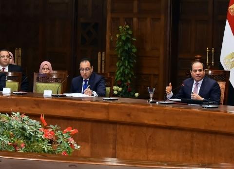 السيسي لمحافظ بورسعيد: لن نسمح بأي تعديات على البحيرات.. دي ثروة قومية