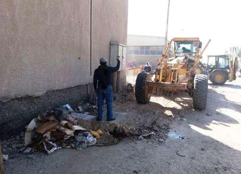 محافظ سوهاج: استمرار أعمال النظافة بحي الكوثر
