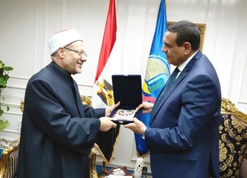 محافظ البحيرة يستقبل مفتي الديار المصرية