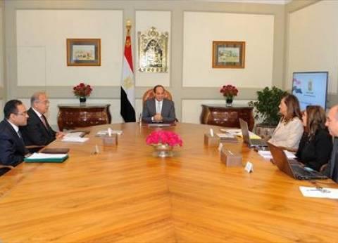 الحكومة تستعرض محاور خطة الإصلاح الإداري أمام الرئيس