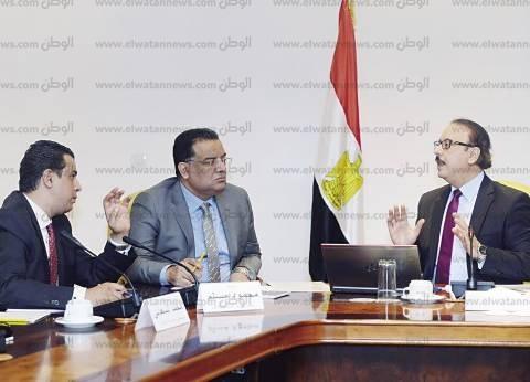 """مصادر: وزير الاتصالات غاضب من سوء إدارة """"تخطيط البنية التحتية للعاصمة الإدارية"""""""