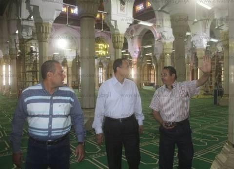 بالصور| رئيس دسوق يتفقد قاعة كبار الزوار ومسجد الدسوقي