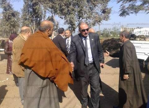 رئيس مركز السنبلاوين يقدم التهنئة للكنيسة وقرية عوض يوسف بالعيد