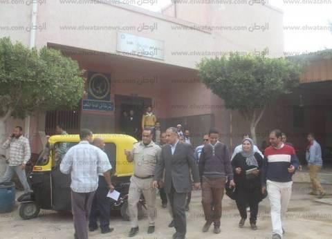 صور  مساعد محافظ كفر الشيخ يتفقد وحدة مرور دسوق ويوجه بضبط المخالفين