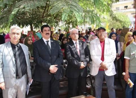 """رئيس جامعة بني سويف في احتفال """"أكتوبر"""": بعد نكسة 67 عشنا مطأطئ الرأس"""