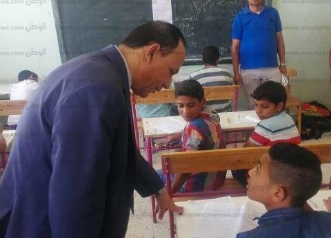"""وكيل """"تعليم جنوب سيناء"""" يتفقد لجان امتحانات النقل بإدارة الطور"""