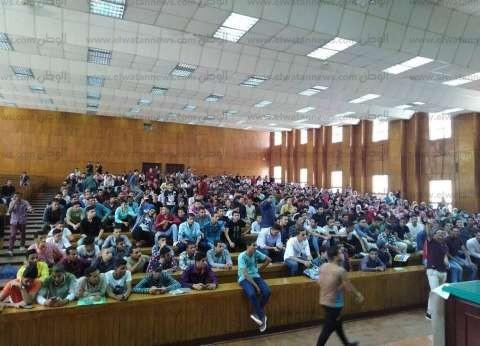 رئيس جامعة بني سويف يستقبل وفد المجلس الأعلى للجامعات