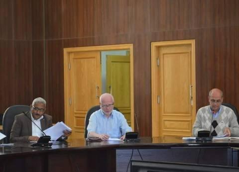 لجنة تحضيرية لمناقشة الاحتفال وتكريم الأم المثالية في البحر الأحمر