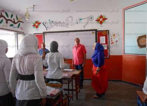 بالصور  علوان: جولات يومية على المدارس والجهات الحكومية للاطمئنان على انتظام الأعمال