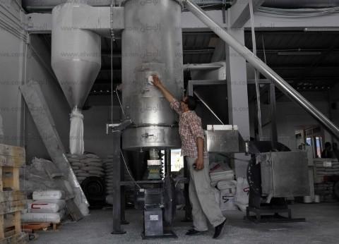 """""""الفيلر"""".. عملاؤه المصانع المجاورة ويستعد للتصدير"""
