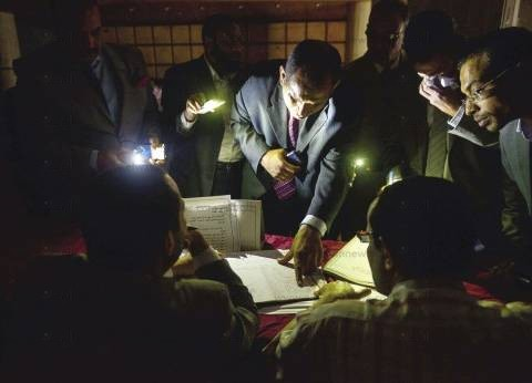 تشغيل المولدات لانقطاع الكهرباء ببعض اللجان في المنوفية
