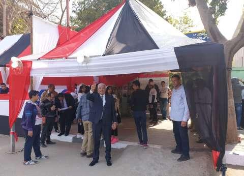 نقيب الزراعيين يدلي بصوته في تعديلات الدستور بالمنيل: بنرسم مستقبل مصر
