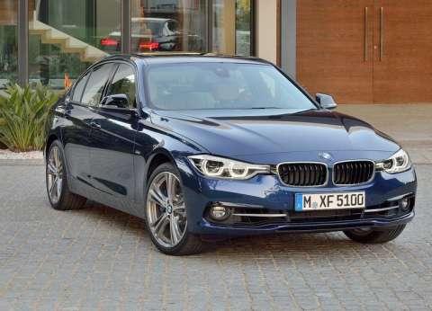 فيديو.. طريقة تفعيل خاصية تغيير المسار تلقائيا في سيارات BMW