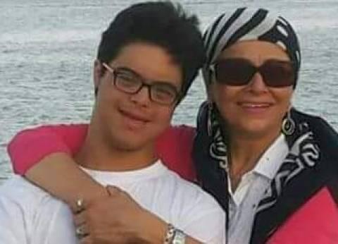 والدة لاعب منتخب مصر للسباحة: محمد يسعى لعبور المانش.. وأجهزة الدولة أهملت ملفه