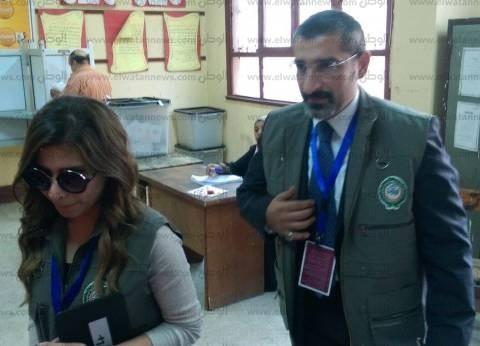 """وفد """"الجامعة العربية"""" يتفقد لجان السيدة زينب في اليوم الثاني من الانتخابات البرلمانية"""