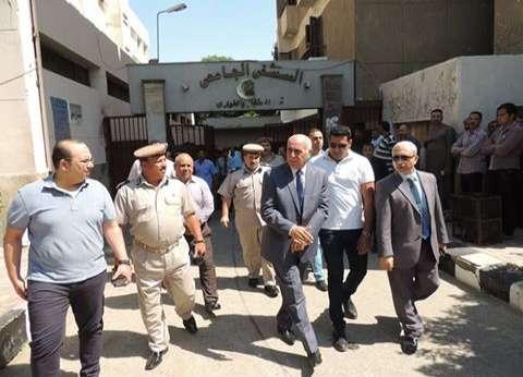 مدير أمن المنيا يزور المصابين في حادث تصادم 4 سيارات على الطريق الصحراوي
