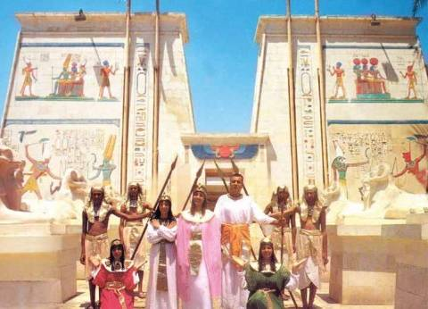 القرية الفرعونية تستقبل انطلاق جوائز أوسكار السياحة العربية لعام 2018