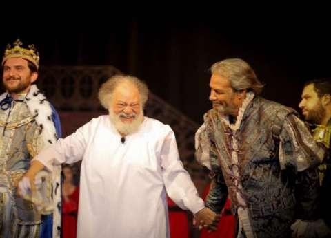 البرنس والكابتن واللورد.. شخصيات مسرحية قدمها فاروق الفيشاوي