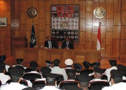 مدير أمن الإسكندرية يعقد اجتماعا لبحث مشكلات المرور