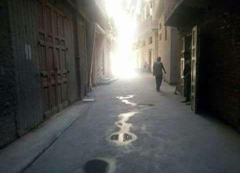 المحافظ يتابع أعمال الرصف بالبلاطات الخرسانية بشوارع مركز ومدينة دمياط