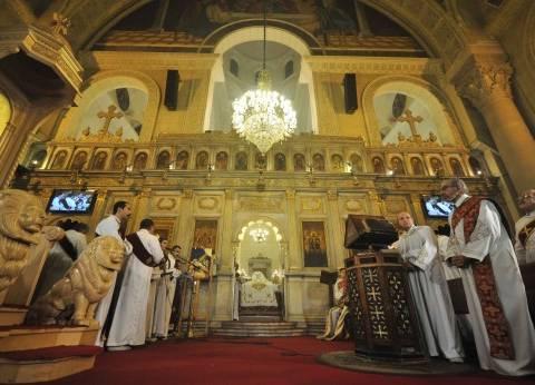 الإسكندرية.. المصلون فى الكاتدرائية الأرثوذكسية: الإرهاب أرادها خرابة.. والجيش أعاد هيبتها