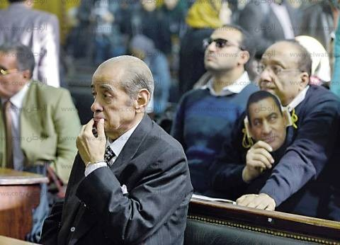 بحكم قضائى نهائى: حسنى مبارك ونجلاه.. فاسدون