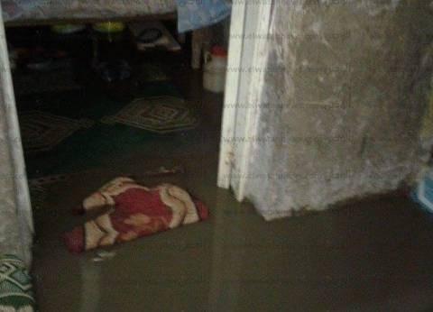 شوارع دمياط برك ومستنقعات بسبب مياه الأمطار.. والأجهزة التنفيذية تتجاهل